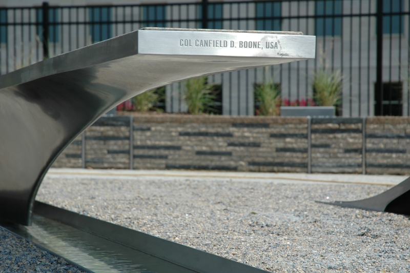 082508-Pentagon_Memorial-full