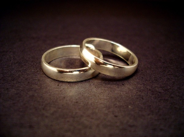 wedding-picture-photo-wedding-rings-Jeff-Belmonte-1024x768
